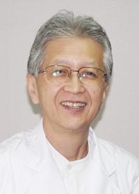 写真:院長 城隆一郎